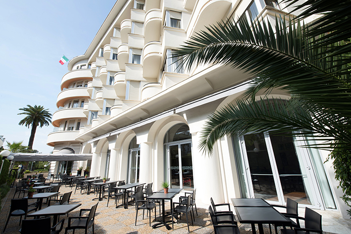 Hotel le grand pavois the official website of antibes juan les