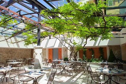 Le nacional site officiel de l 39 office de tourisme d for Restaurant jardin antibes