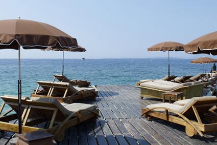 plage h lios site officiel de l 39 office de tourisme d. Black Bedroom Furniture Sets. Home Design Ideas