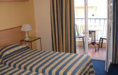 H tel courbet site officiel de l 39 office de tourisme d for Moteur recherche hotel