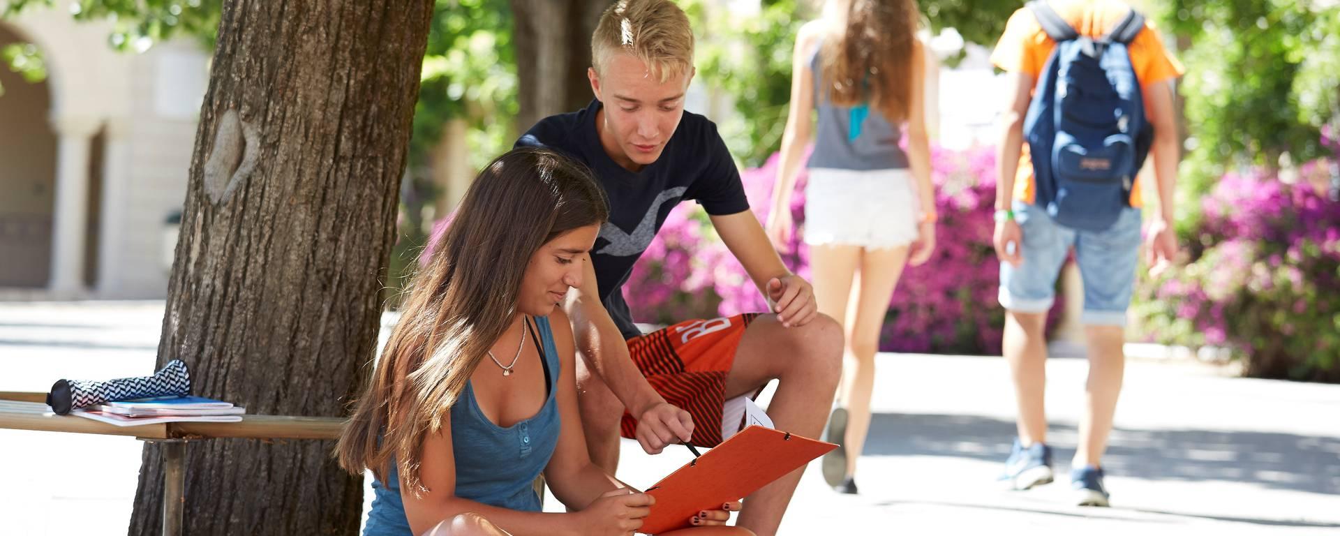 Gli studenti in pausa ©CIA