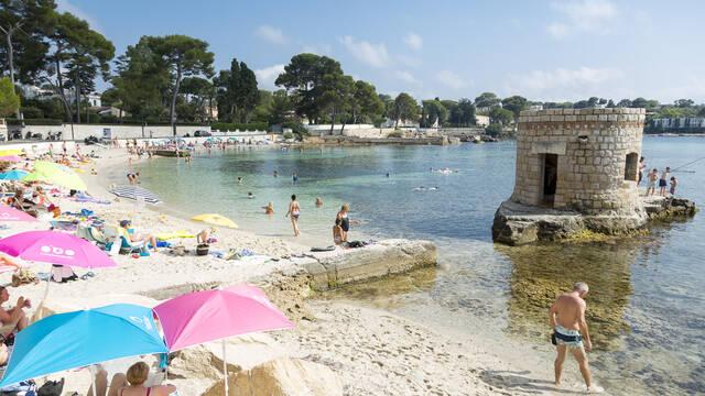 Plage des Ondes au Cap d'Antibes ©Office de Tourisme et des Congrès d'Antibes Juan-les-Pins - Gilles Lefrancq