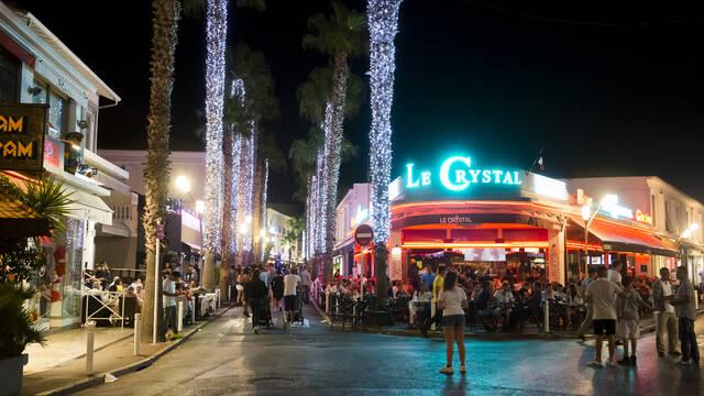 Juan-les-Pins, night life ©Office de Tourisme et des Congrès d'Antibes Juan-les-Pins - Gilles Lefrancq