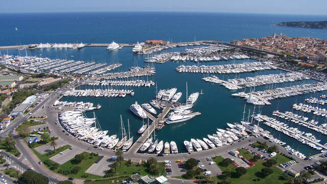 Vauban harbor - Antibes ©Vertige Photos