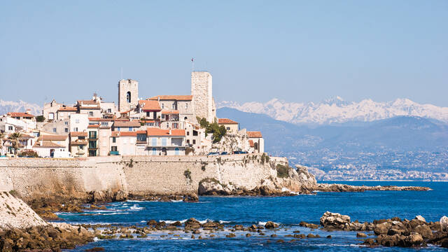 The ramparts in winter © F. Trotobas (Mairie d'Antibes JLP - service presse communication)