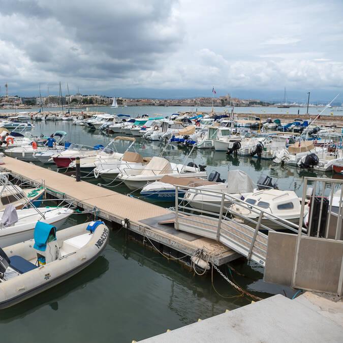 Salis port